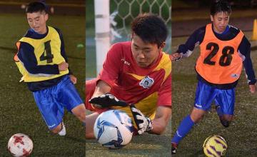 左から小松朝陽、高橋一平、鎌田伊吹の3選手