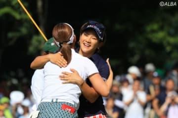 攻めのゴルフを貫いた成田美寿々 地元・千葉で節目の勝利を挙げた(撮影:米山聡明)