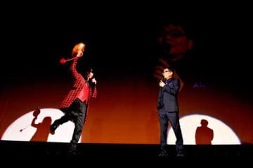 2月に開催されたイベント「みうらじゅん&いとうせいこう ザ・スライドショー14『みうらさん、還暦かよ!』」の様子 写真:三浦憲治