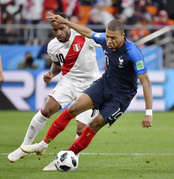 Football: France vs Peru at World Cup