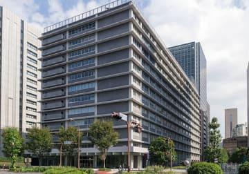 ゆうちょ銀行本社が所在する日本郵政ビル(「Wikipedia」より)