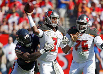 Jameis Winston Leads Bucs to 36-10 Win vs Bears