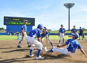 一般開放されたノーブルホームスタジアム水戸=30日、水戸市見川町、菊地克仁撮影