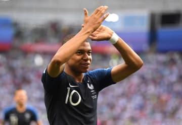 フランスの10番を背負うムバッペ。母国を世界一へ導けるか photo/Getty Images