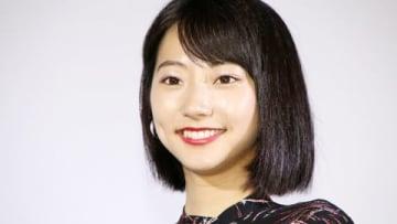 ドラマ「少女ピカレスク」の先行上映初日舞台あいさつに出席した武田玲奈さん