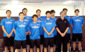 日本人の新加入選手が5人加わった滋賀レイクスターズ(大津市)
