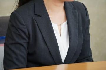 元職員の女性
