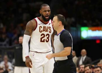 LeBron James gets first career ejection