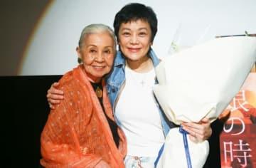 衣装デザイナーのワダ・エミと、来日したシルヴィア・チャン