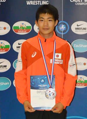 銀メダル獲得の藤田颯