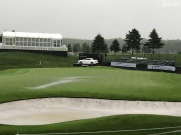 初日は悪天候によるコースコンディション不良で中止に(撮影:ALBA)