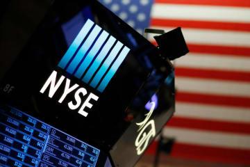 ニューヨーク証券取引所=2017年12月(AP=共同)