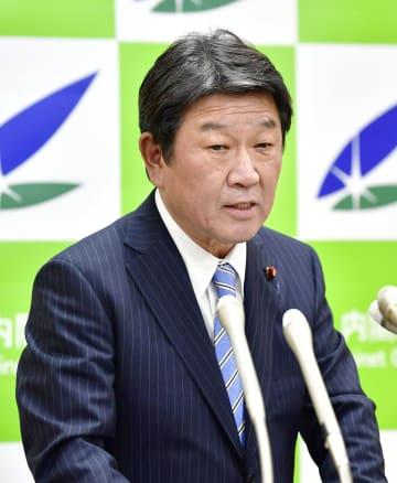 顔:Japanese Economic and Fiscal Policy Minister Motegi in Tokyo in 2017, 2017122101309
