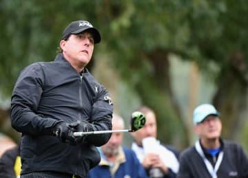 Phil Mickelson Returns to PGA Tour at CareerBuilder Challenge