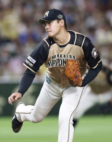 Nippon  Ham pitcher Arihara