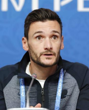 Football: France goalkeeper Hugo Lloris