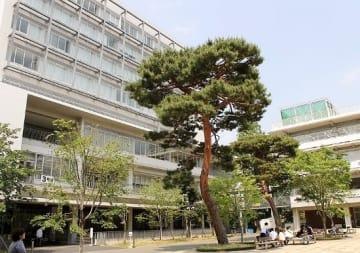 世田谷区成城の成城大学(「Wikipedia」より)