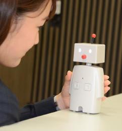 モニターに提供する対話ロボ「ボッコ」