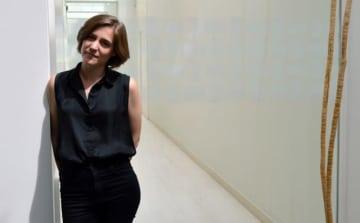 スペイン映画界、期待の新人女性監督カルラ・シモン