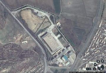 オンライン誌「ディプロマット」が北朝鮮の秘密のウラン濃縮施設だと伝えた平壌の南西、千里馬の施設(グーグルアース提供)
