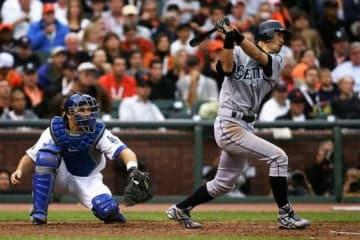 球宴でランニング本塁打を放ったイチロー【写真:Getty Images】