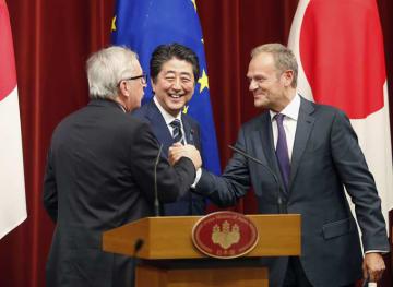 経済連携協定 トゥスク大統領 トゥスク ユンケル欧州委員長 ユンケル 安倍首相 安倍