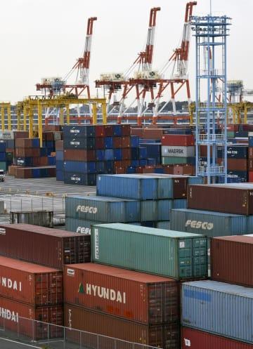 統計:Container terminal in Yokohama