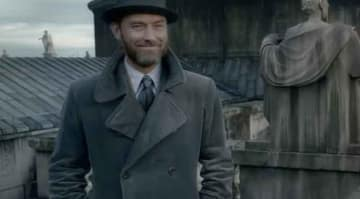 Jude Law as Albus Dumbledore in Fantastic Beats: The Crimes of Grindelwald