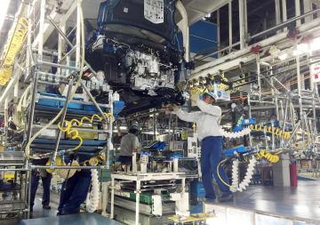 資料 社名なし Daihatsu Motor Co.'s production line in 2016  2016040600980