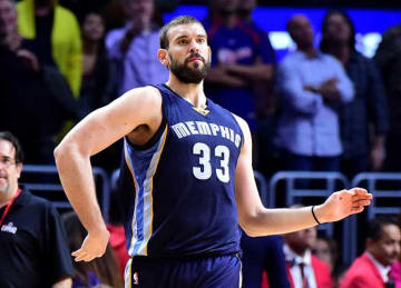 Marc Gasol Scores Late 3-Pointer in Grizzlies' Win vs Clippers