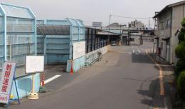 工場が閉鎖されて人けのなくなった北上製紙構内