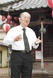 23番目の札所である賢聖院を訪れた桜井さん=仙台市青葉区
