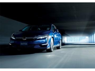 新型プラグインハイブリッドモデル「CLARITY PHEV」、EVモード走行114.6kmを実現した。モノグレードで価格は544.5万円