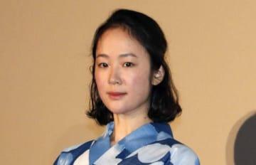 劇場版アニメ「未来のミライ」公開初日舞台あいさつに登場した黒木華さん