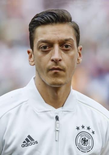 サッカーのドイツ代表MFメスト・エジル(ゲッティ=共同)