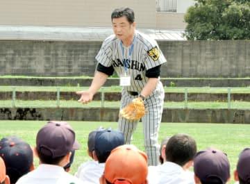若狭高OBで、元プロ野球阪神の川藤幸三さん=2011年5月、福井県越前市