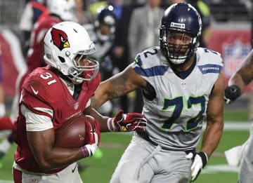Michael Bennett Contract Talks with Seahawks