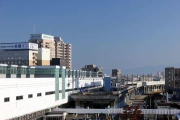 JR福井駅東口(藤谷良秀さん2015年撮影、Wikimedia Commonsより)