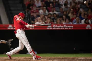 第9号となる本塁打を放ったエンゼルス・大谷翔平【写真:AP】