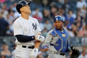 初回に死球を受けたヤンキースのアーロン・ジャッジ【写真:Getty Images】