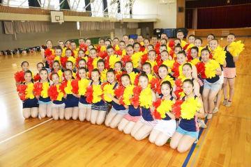 8月1、2日に公演するJETSのメンバー=7月28日、福井県福井市の福井商業高