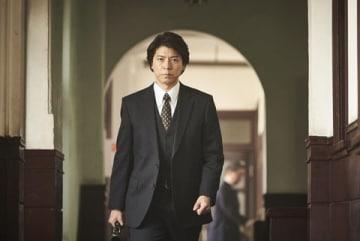 上川隆也さんが主演を務める「連続ドラマW 真犯人」のワンシーン=WOWOW提供