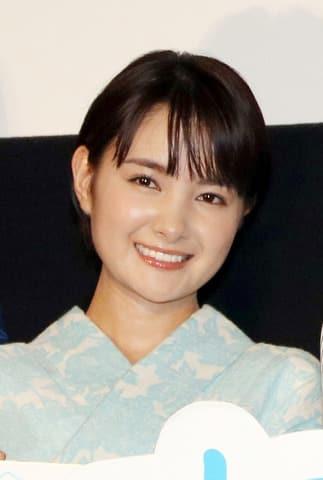 映画「青夏 きみに恋した30日」前日祭舞台あいさつに登場した葵わかなさん