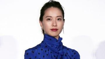 「劇場版コード・ブルー -ドクターヘリ緊急救命-」の初日舞台あいさつに登場した戸田恵梨香さん