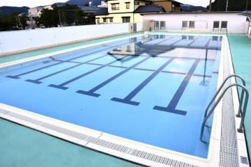 1年生の女児が溺れた福井市東郷小のプール=8月1日、福井県福井市栃泉町