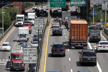 米ニューヨークの高速道路=2日(ゲッティ=共同)