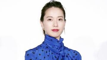 映画「劇場版コード・ブルー -ドクターヘリ緊急救命-」の初日舞台あいさつに登場した戸田恵梨香さん