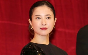 映画「検察側の罪人」の完成披露試写会に登場した吉高由里子さん