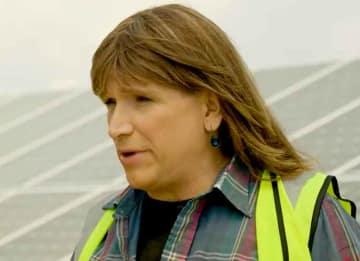 Who Is Christine Hallquist, First Transgender Woman Candidate For Governor In U.S. History?