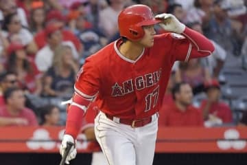 第1打席で逆転3ラン本塁打を放ったエンゼルス・大谷翔平【写真:AP】
